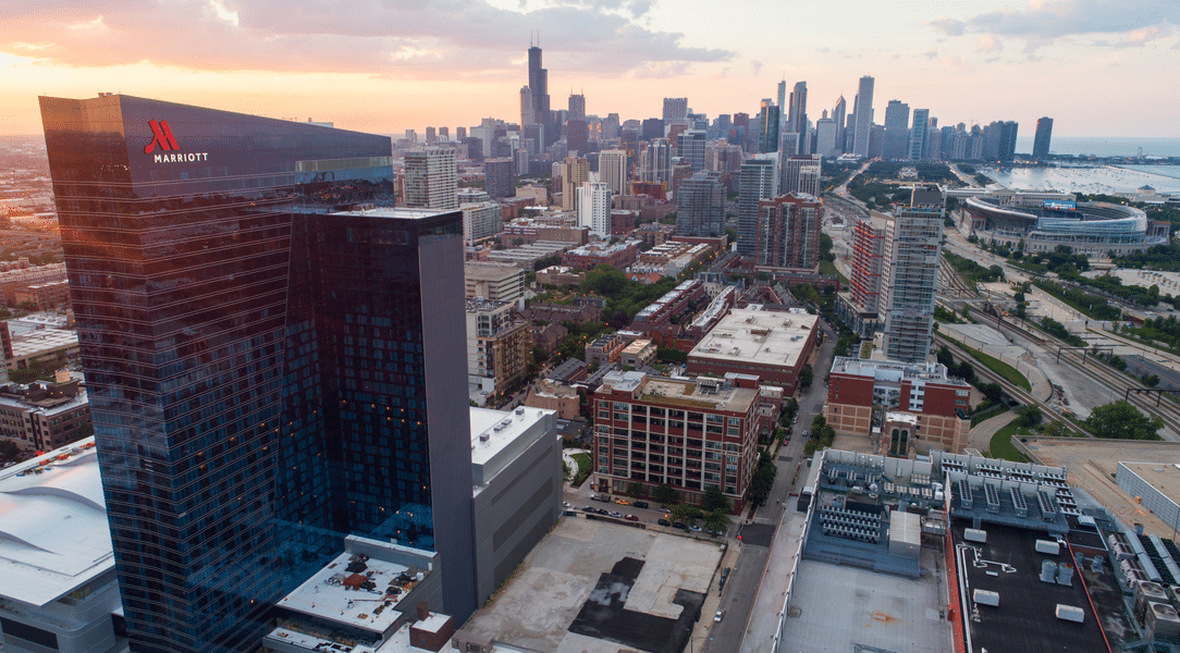 ExteNet Brings Chicago's Marriot Marquis to the Edge