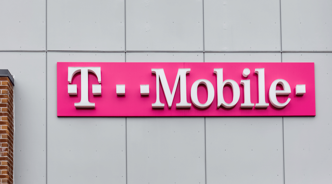 Breaking News: FCC approves T-Mobile-Sprint Merger along party lines